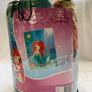 Disney The Little Mermaid Princess Twin blanket.